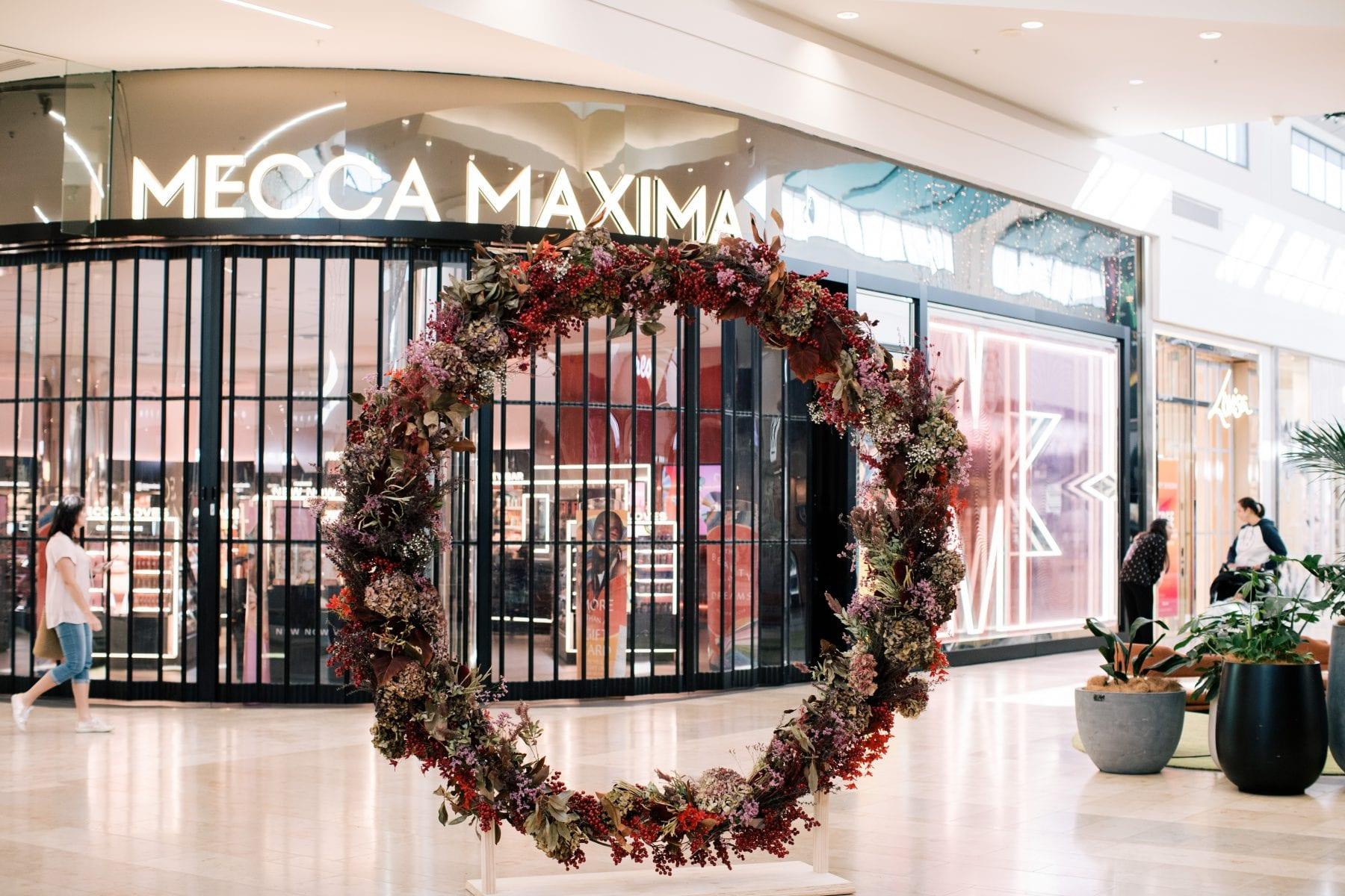 On My Hand Bayfair floral styling - Christmas wreath Tauranga